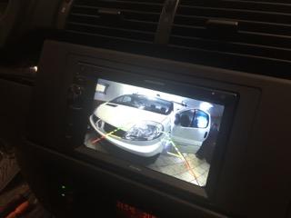 Mont� navig�cie a parkovacej kamery do BMW X5 E70