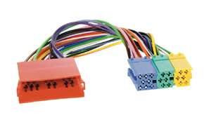 Mini ISO konektor prepojovac� k�bel