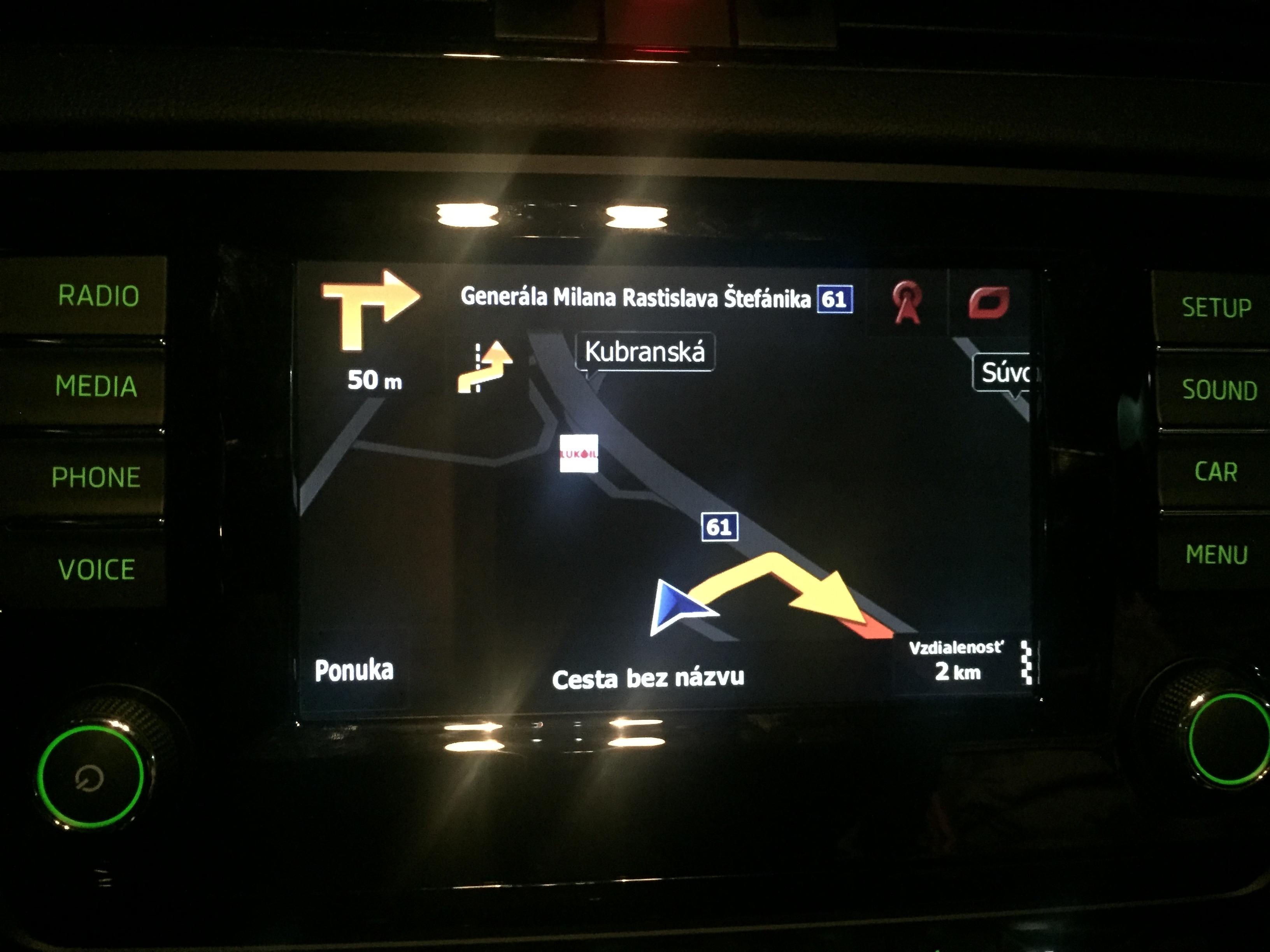 AXION navig�cia integrovan� do VW Golf VII. - �koda Octavia III.