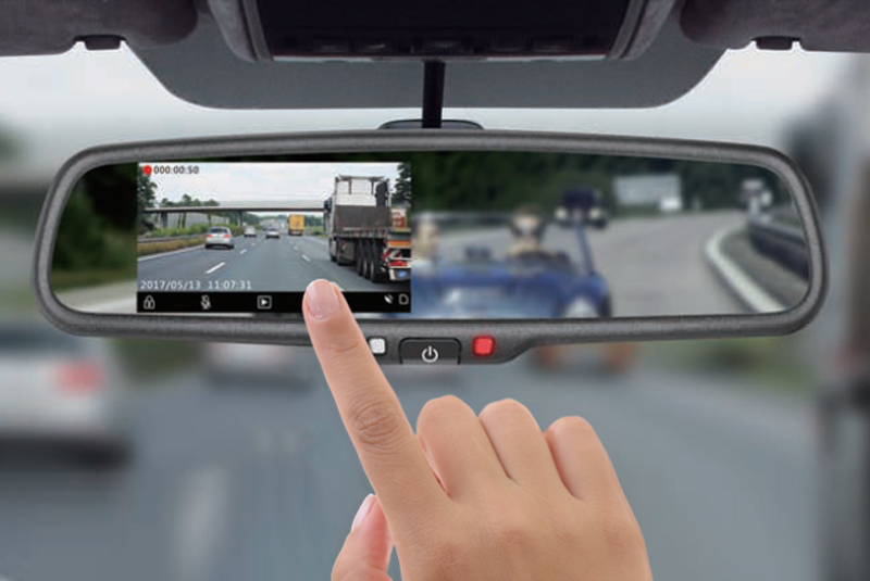 DVR kamera s monitorom v spätnom zrkadle, predná+zadná
